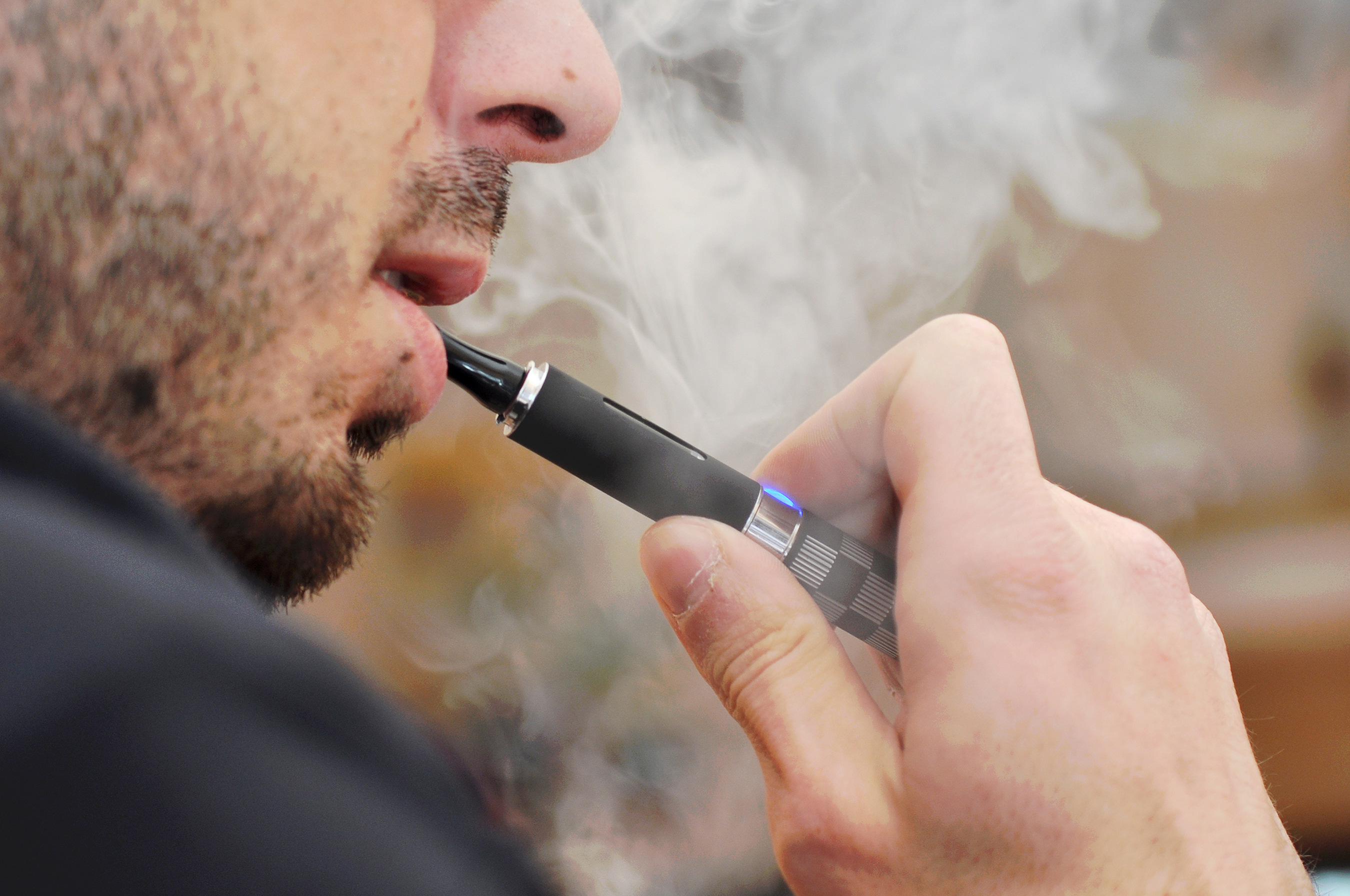 Illness related to vaping continue to soar, no cause identified yet